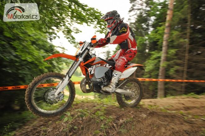 KTM EXC 2012 zasekly drápky ve Sverepci