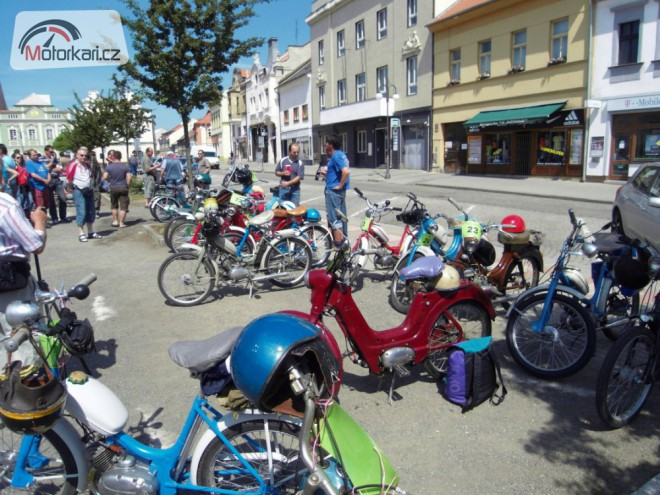 Mopedy na K�ivokl�tsku