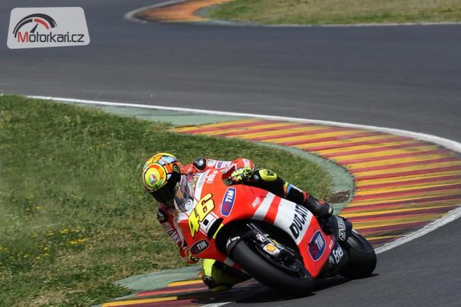 Rossi testoval GP12