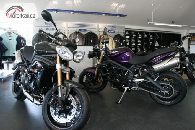 Nov� prodejna Triumph v Brn�