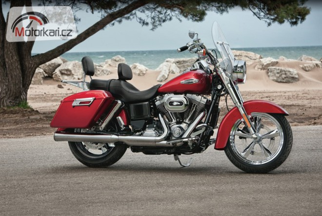Harley-Davidson 2012 - nový Switchback a 10 let V-Rodu