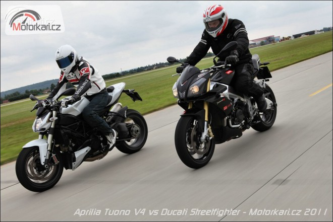 Aprilia Tuono V4 vs Ducati Streetfighter