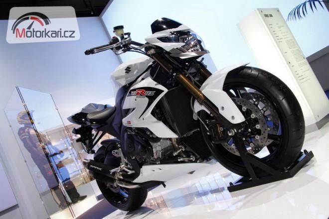 Suzuki Virus 1000 a Urban Xover