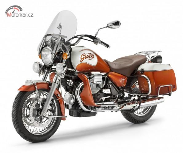 Výroèní edice Moto Guzzi California 90 pøedstavena na svìtovém srazu