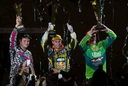 Supercross v Mnichovì: Hattrick suverenního Alessiho