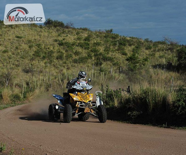 KM Racing Team a Macháèek se vrací na Dakar