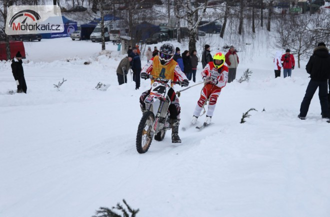 Motoskijöring – výsledky víkendových závodù