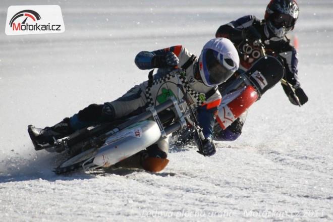 Zaèíná sezóna ledové ploché dráhy