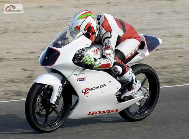 Moto2 a Moto3 budou testovat ve Valencii
