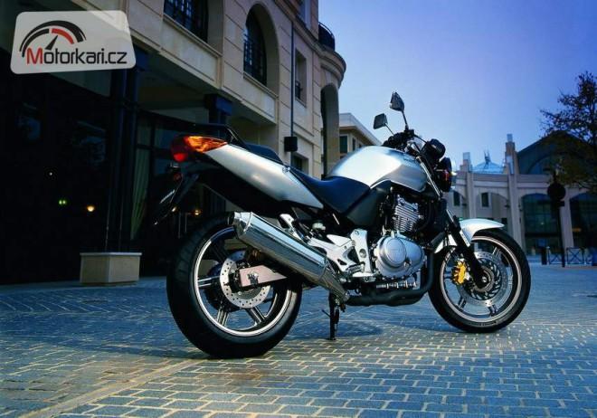 Honda CBF 500 - ojetina oèima majitele