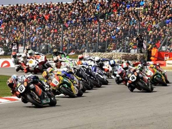 Startovní listina britských superbikù 2012