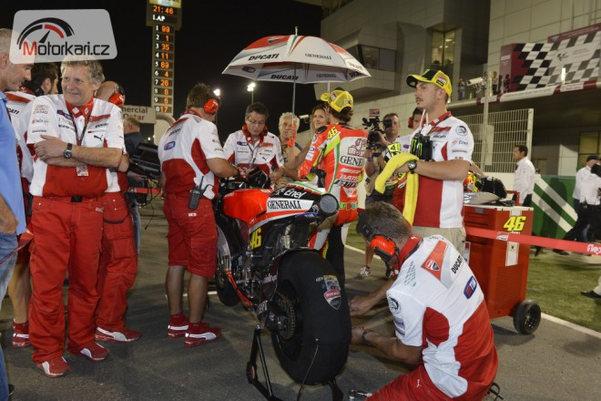 Rossi: Èekám od Ducati odpovìï