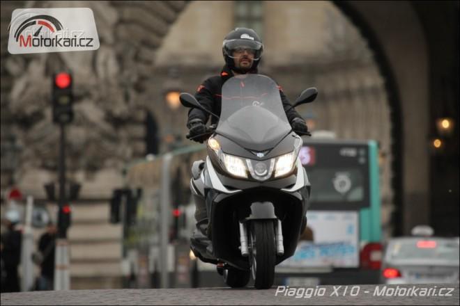 Piaggio X10 - další krok k dokonalosti
