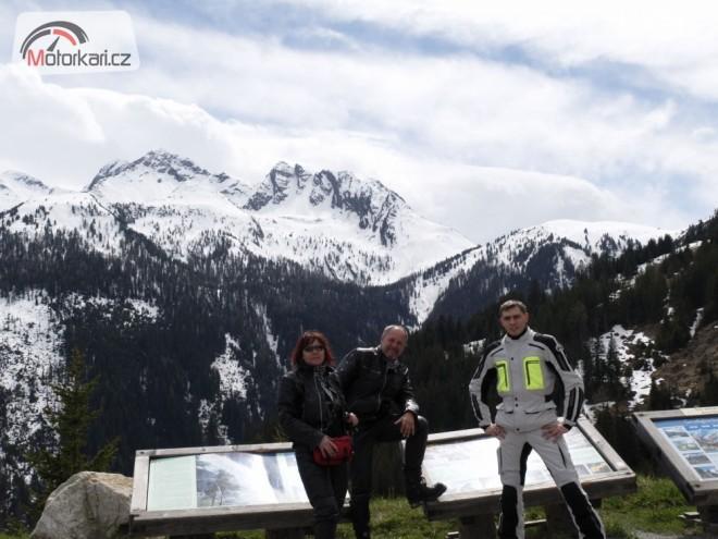 Alpy na p�elomu dubna a kv�tna