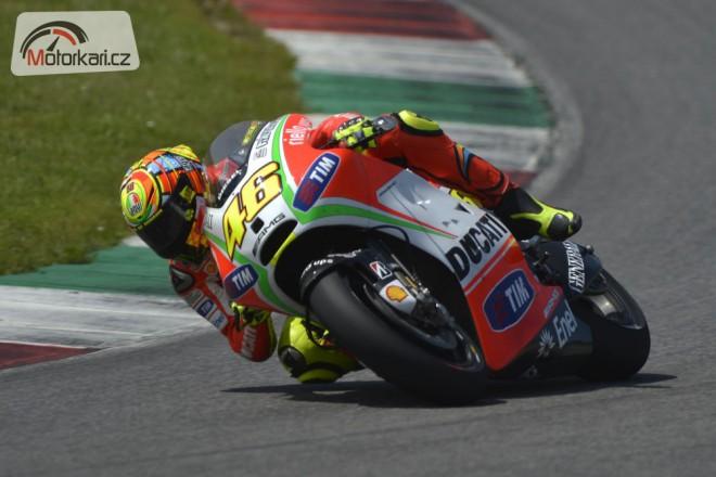 Hayden a Rossi testují v Mugellu