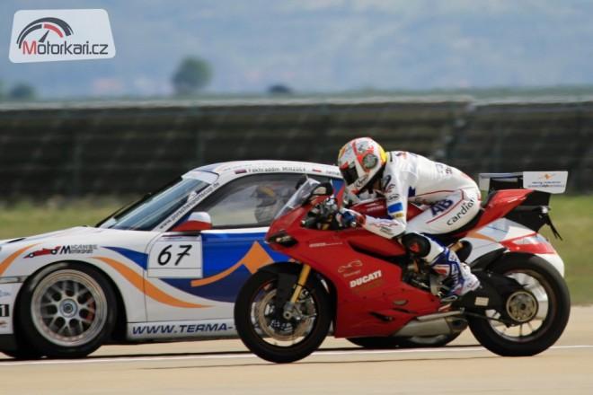Abraham na 1199 porazil Porsche GT3 Cup i tryskáè L-29