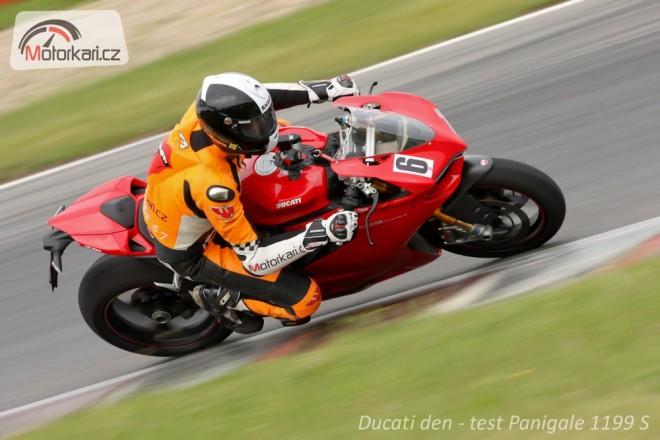 Ducati den na okruhu v Mostì & Panigale 1199 S