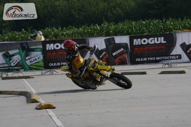 Mogul Supermoto 2012 ve Vy�kov�