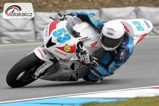 SMS Racing po roce op�t doma