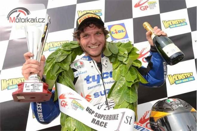 Ulster Grand Prix: Dvì vítìzství pro Michaela Dunlopa