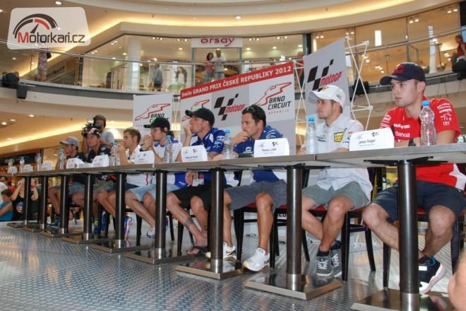 Pre GP Brno: Autogramiáda ve Vaòkovce