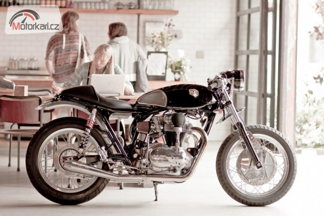 Deus Ex Machina W650 - The Fiddler