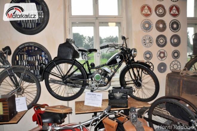 Muzeum motorových kol Horní Radouò