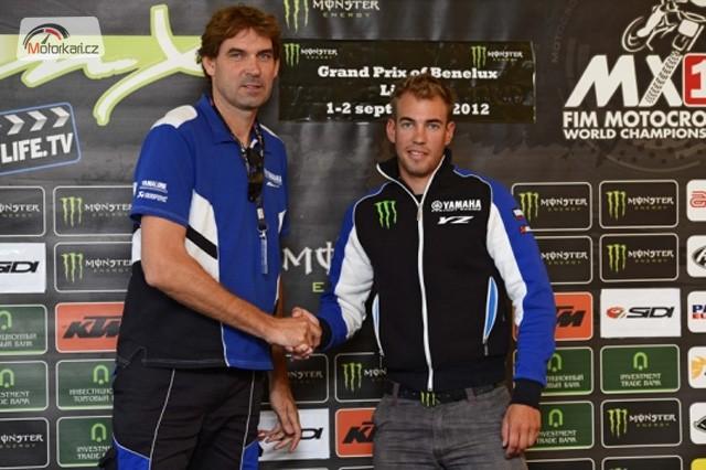 Yamaha prodlou�ila s Frossardem, KTM s Roczenem
