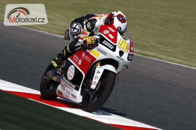 Rossi pojede Moto2