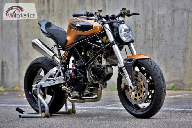 900ss ala Ducati Radical