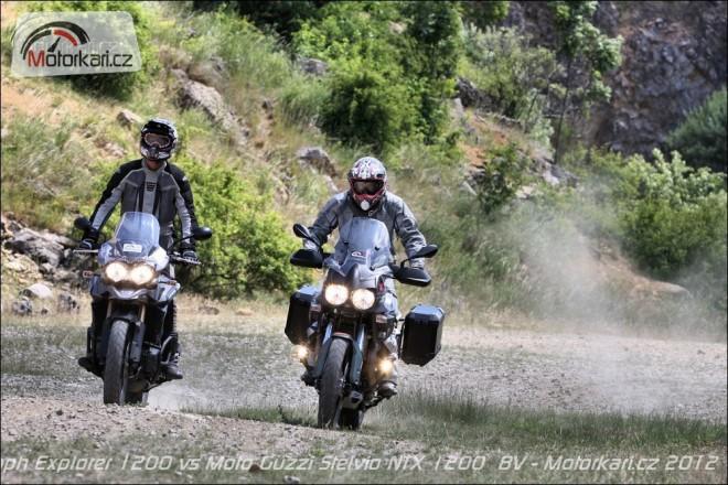 Triumph Explorer 1200 a Moto Guzzi Stelvio NTX 1200  8V
