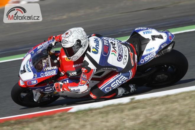Althea Racing konèí v superbikovém šampionátu