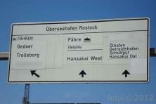 V Rostocku ukazuje cedule sm�r Helsinki... :)