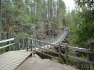 Lanov� most Niskakoski v parku Oulanka