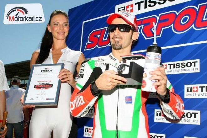Motocyklový král brnìnského okruhu Max Biaggi skonèil se závodìním