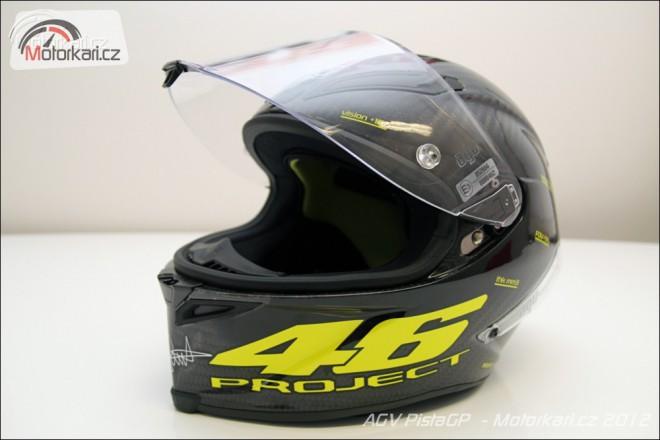 Rossiho helma pøichází na pulty