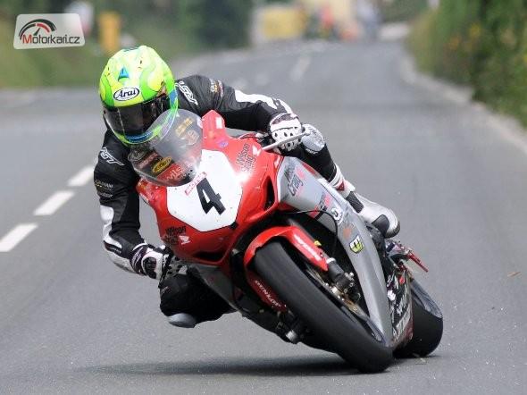 Cameron Donald zùstává v týmu Wilson Craig Racing