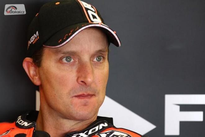 Colin Edwards nebyl vùbec spokojen s bikem 2012
