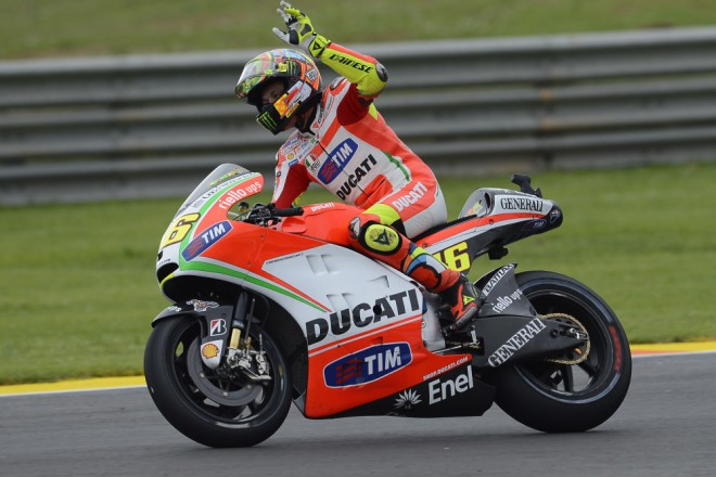 Ducati: S Rossim ode�li i �ty�i sponzo�i