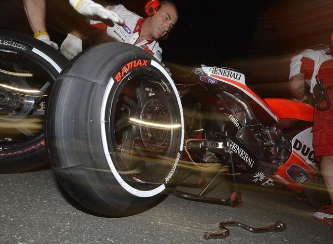 Bridgestone: 15 000 pneumatik MotoGP na jednu sezonu