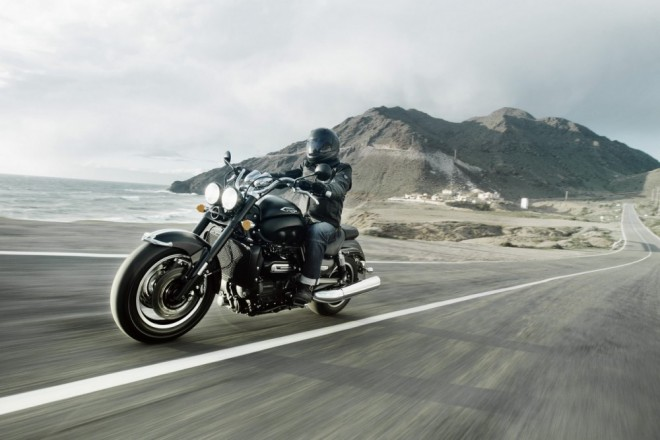 Nový Triumph Rocket III Roadster a Touring