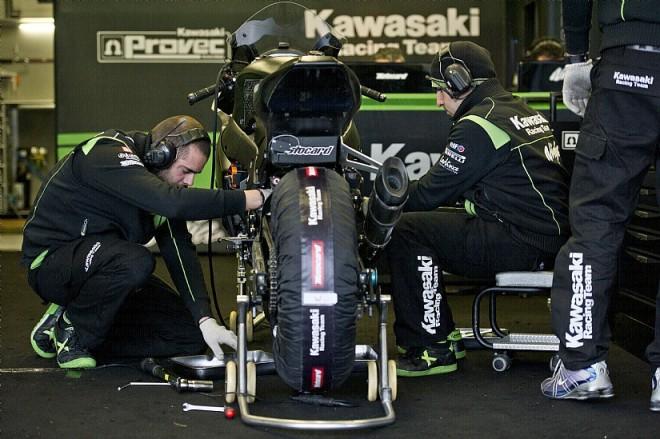 Kawasaki: Týmová prezentace Live na Facebooku