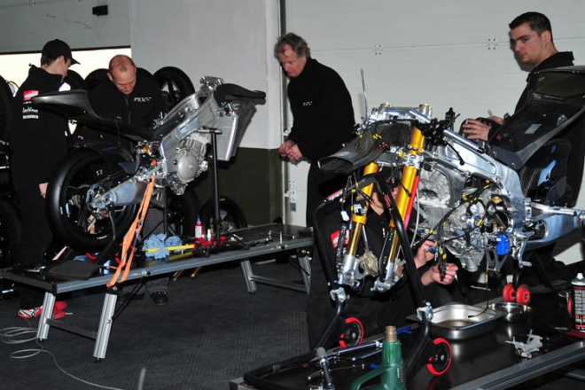 Kornfeilùv nový tým RW Racing: Ohranièený rozpoèet, ale kvalitní závodní materiál