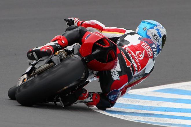 Pøekvapení testù: Carlos Checa a Ducati Panigale