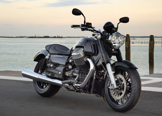 Testujeme Moto Guzzi California 1400