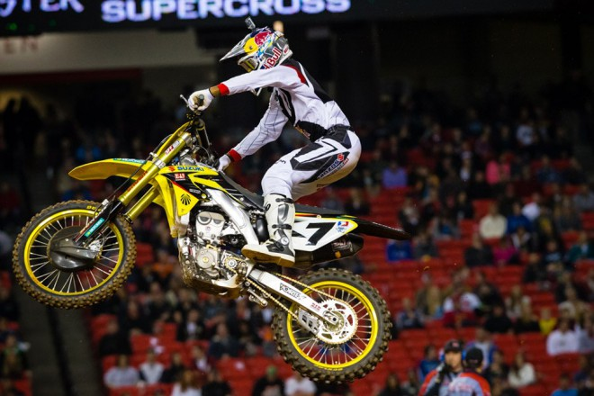 Atlanta: James Stewart se kone�n� do�kal