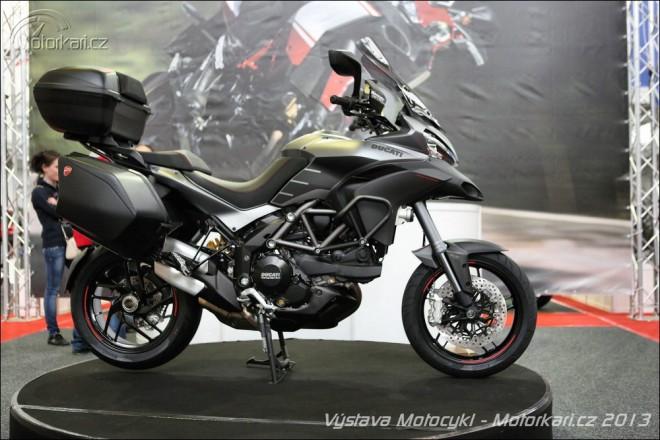 Motocykl 2013 v plném proudu
