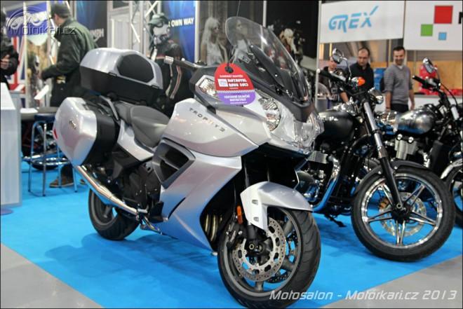 Motosalon: BMW a Triumph