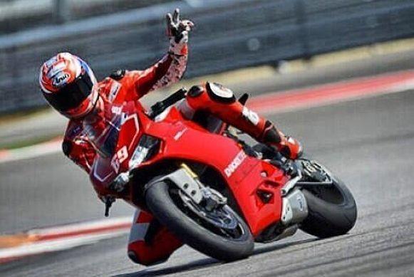 Austin/Texas: Hayden a Spies s bikem Panigale