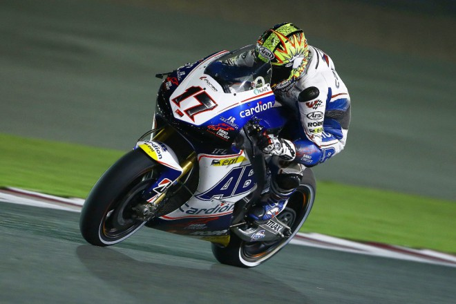 V pátek øešil Karel Abraham problémy s pøedkem motorky